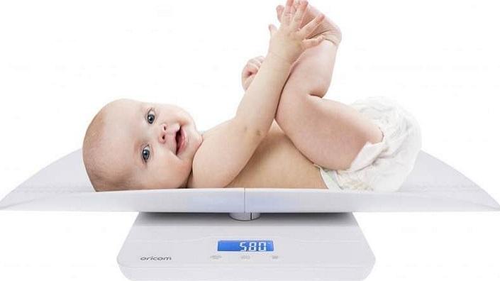 Kenali Penyebab Kenapa Berat Badan Bayi Tidak Kunjung Naik